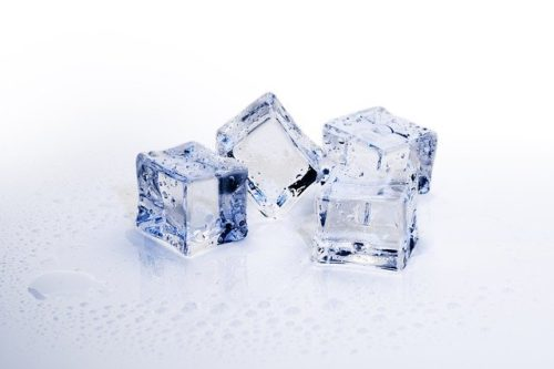 Figure Out Why Ice is Cloudy and how to make your own gourmet ice